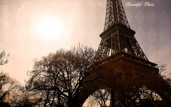 May Desktop _ Beautiful Paris