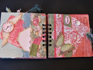 Merrydale Mini Album - Inside Peek